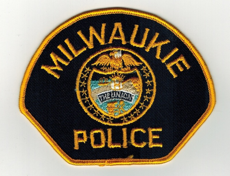 MILWAUKIE POLICE (26)